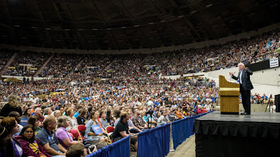 sanders_wisconsin_crowd_gettyimages-479180140_wide-fd004f64c20592c342410192cff10e057f60b69e-s900-c85