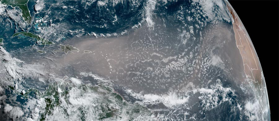 Saharan Dust Storm Expected To Cause Dangerous Air Pollution in U.S. This Week 3