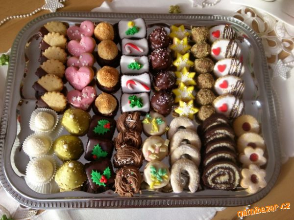 A Mini-Tour of Christmas/Holiday Feasts and Traditions 2