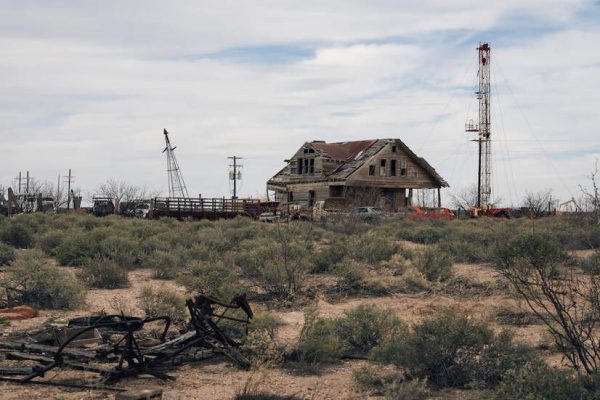 Oil, Gas, Petrochemical Financial Woes Predate Pandemic — And Will Continue After, Despite Bailouts, Report Finds 2